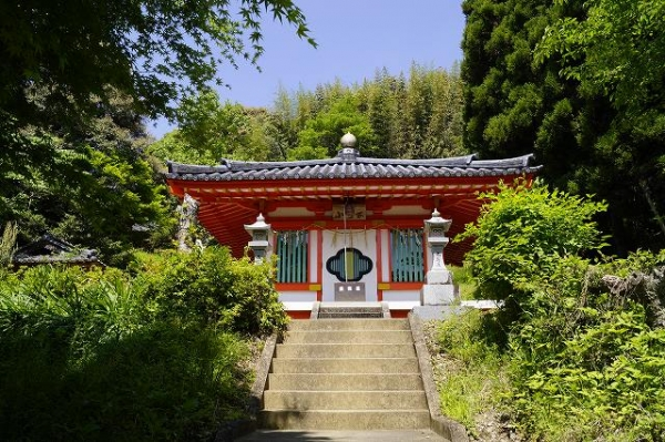 小野泉水公園のお堂