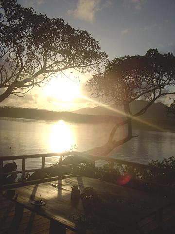川平湾の朝