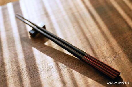 シンプルで使い勝手のいい塗り箸
