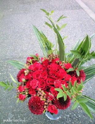 真っ赤な花束2