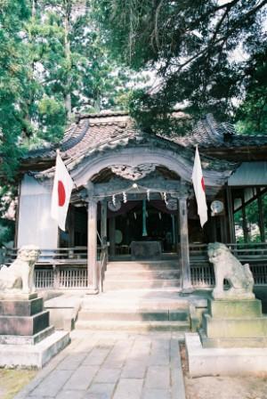 神社(遠)圧縮 (1).jpg