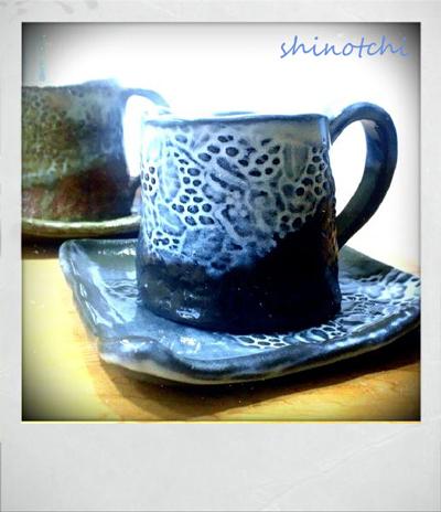 陶器市で見つけたカップ&ソーサー