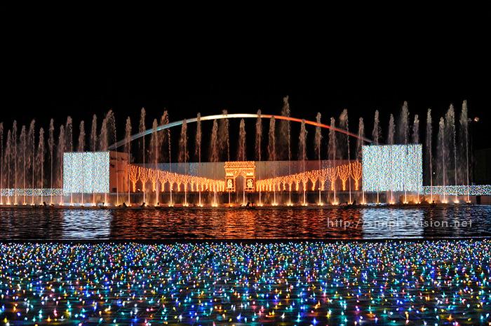 光と音と噴水のイルミネーションショー「パリ・モナムール」4