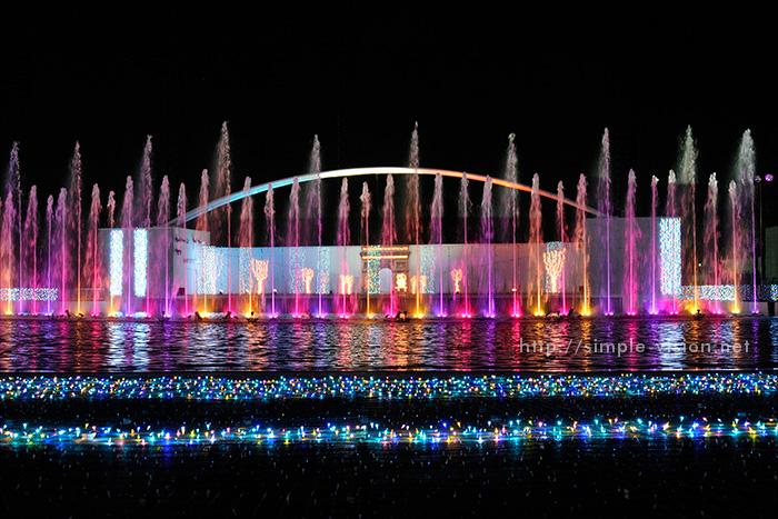 光と音と噴水のイルミネーションショー「パリ・モナムール」3