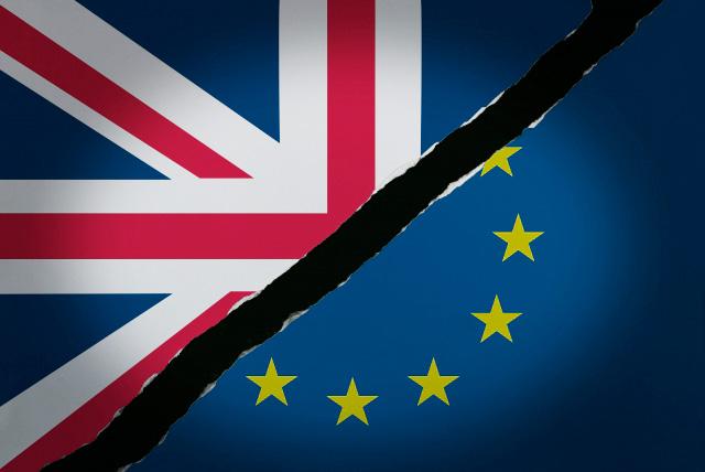 英国旗とEU旗イメージ