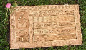 セナのお墓