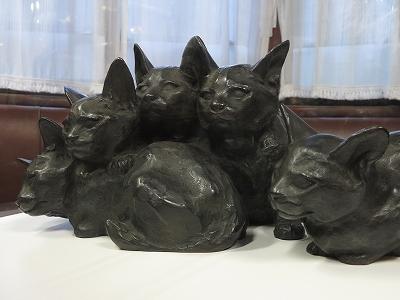 朝倉文夫の猫たちと朝倉彫塑館 | 青い日記帳